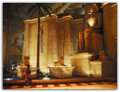 Luxor Decor